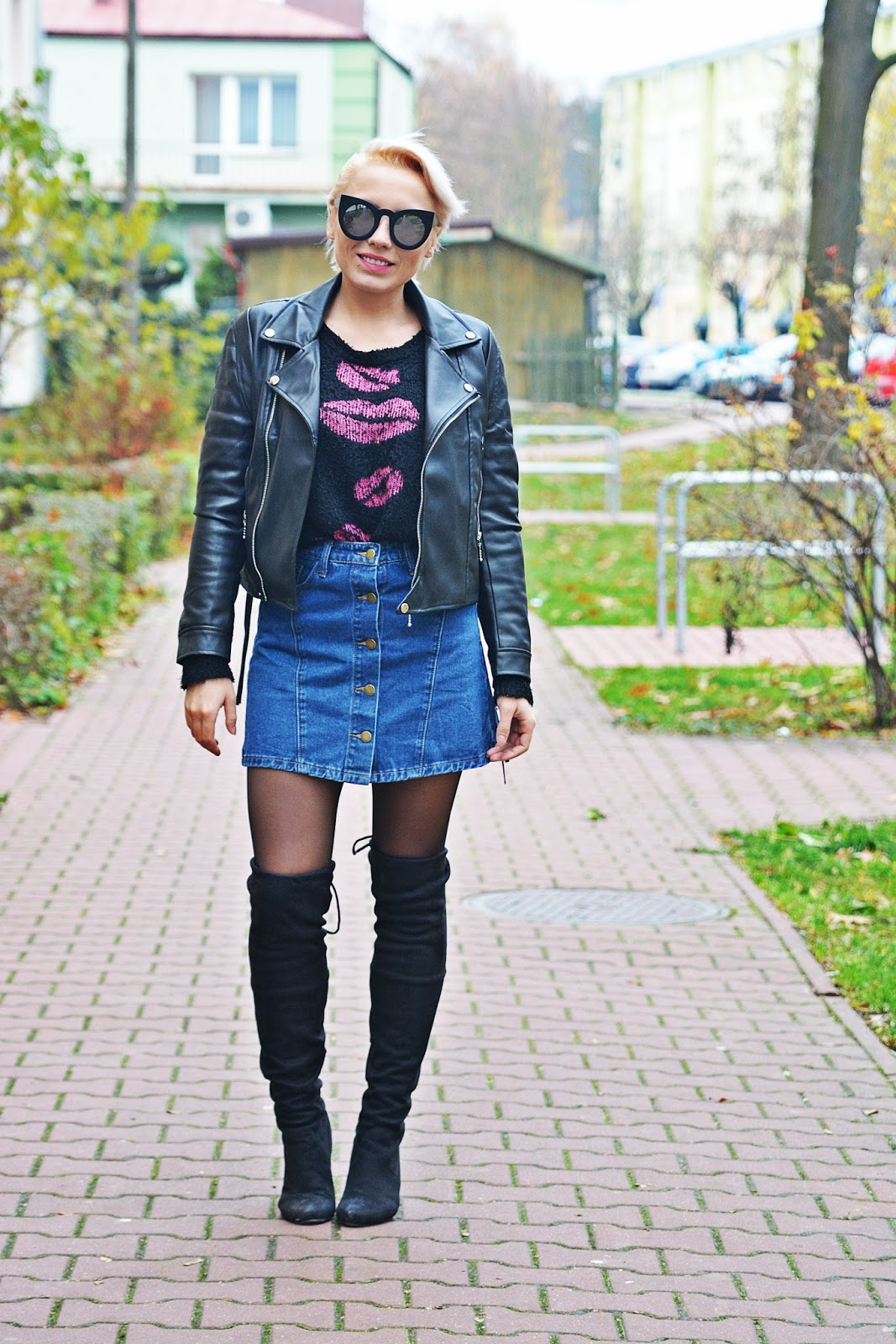 jeansowa_spodnica_skorzana_ramoneska_buty_za_kolano_karyn8