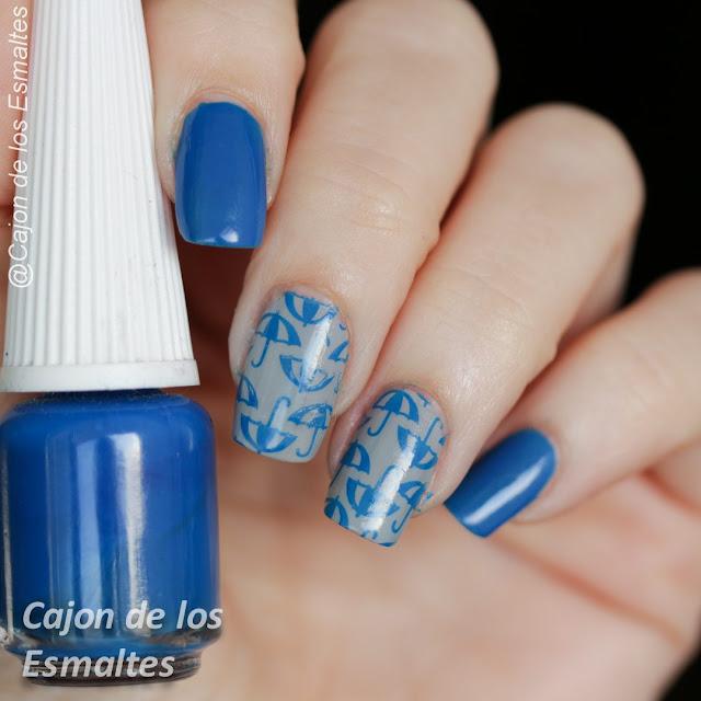 Decoración de uñas - Lluvia y paraguas