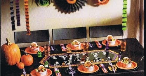 Galaxy: Halloween Party Supplies: Tableware, treat bags, decorations ...