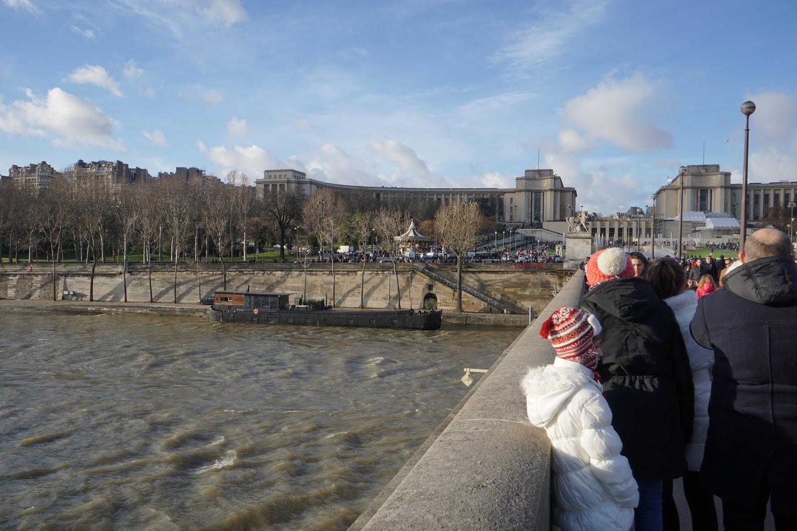 イエナ橋(Pont d'Iéna)