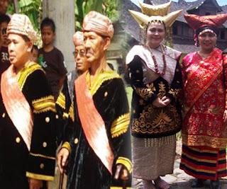 Keunikan-Pakaian-Adat-Tradisional-Minangkabau-Provinsi-Sumatera-Barat