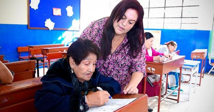 DRELM atiende a más 5 mil adultos mayores a través de los CEBA y CETPRO - www.drelm.gob.pe