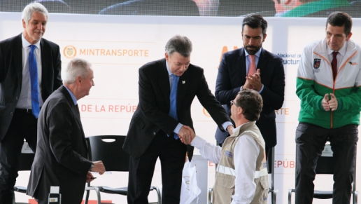 Se firmó acta de inicio de concesión para ampliar Autopista Norte
