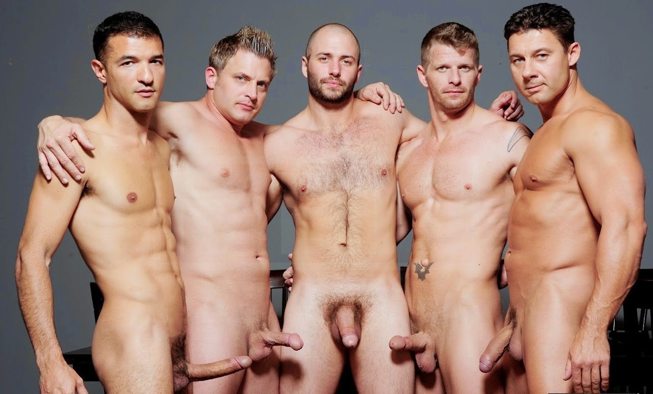голые парни групповуха фото которое занималось подготовкой