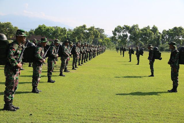 Prajurit Yonif Raider 509 Kostrad Latihan Gelar Pasukan di Jember