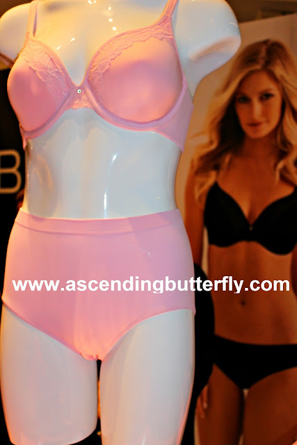 BALI Intimates on display at Getting Gorgeous 2015 in New York City, bras, lingerie, one smooth U