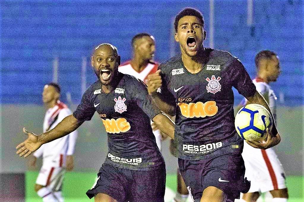 b3fd464996 Gustagol evita vexame e Corinthians avança com empate diante do Ferroviário