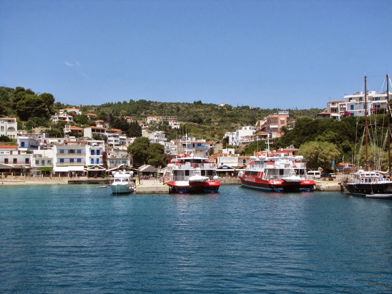 Alonissos, arrivo al porto di Patitiri