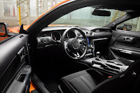 Ford Mustang EcoBoost with 2.3L High Performance Package (2020) Interior