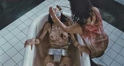 Martyrs una escena de la película dirigida por Pascal Laugier