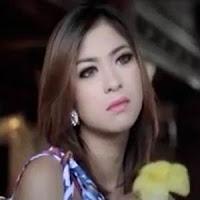 Lirik dan Terjemahan Lagu Harry Parintang & Elsa Pitaloka - Sairiang Di Dalam Hati