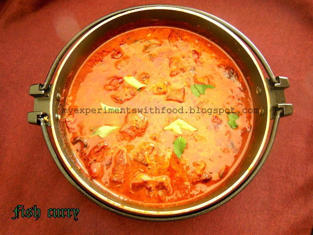 Kerala Fish Curry In Coconut Milk/ Nadan Meen Thenga Paalill Patichath