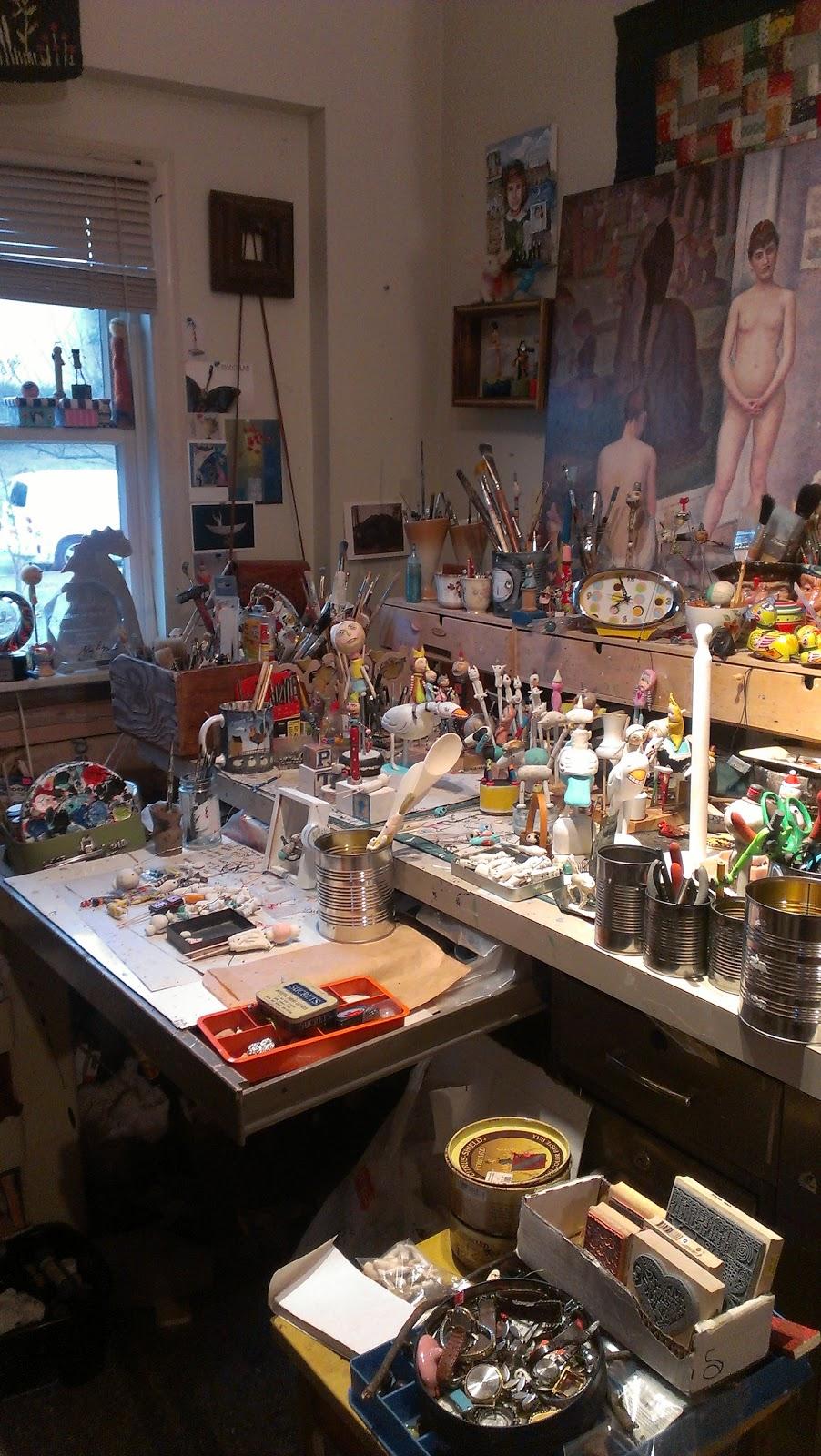 Studio To Go Makeup Case With Light: Mary-Lynne Moffatt Art: In My Studio