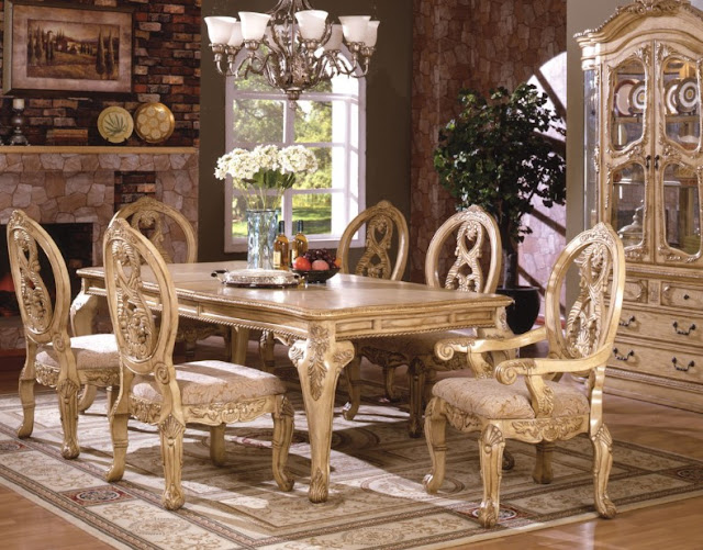 Glamours Dining Room Sets
