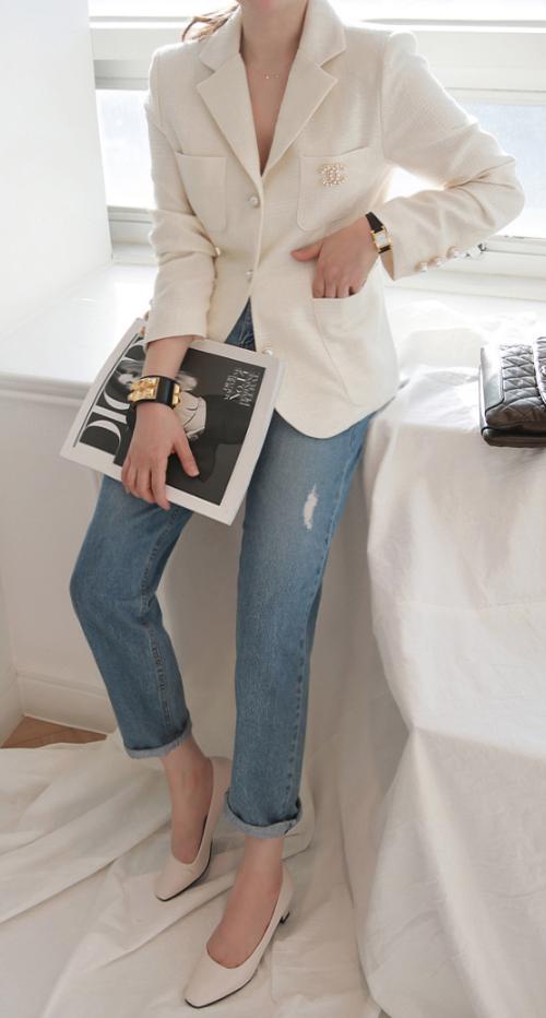 Pre-Damaged Boyfriend Jeans