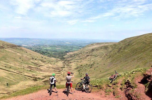 FitBits | The Gap ride - mountain biking in the Brecon Beacons - Tess Agnew fitness blogger