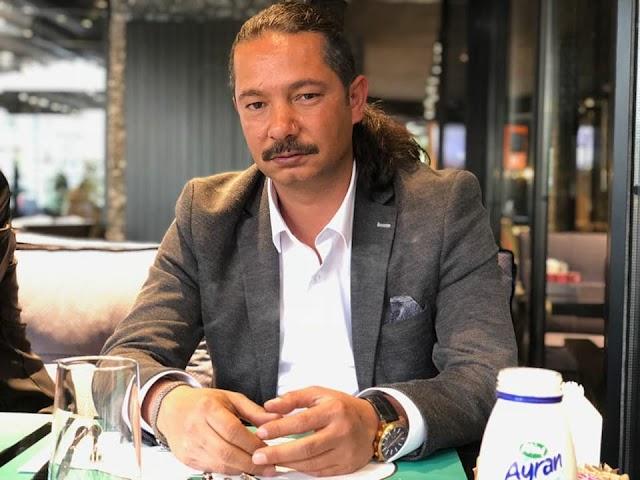 Yazar CHP'den siyasete atılacak mı?