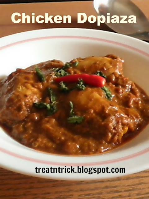 Chicken Dopiaza Recipe @ treatntrick.blogspot.com