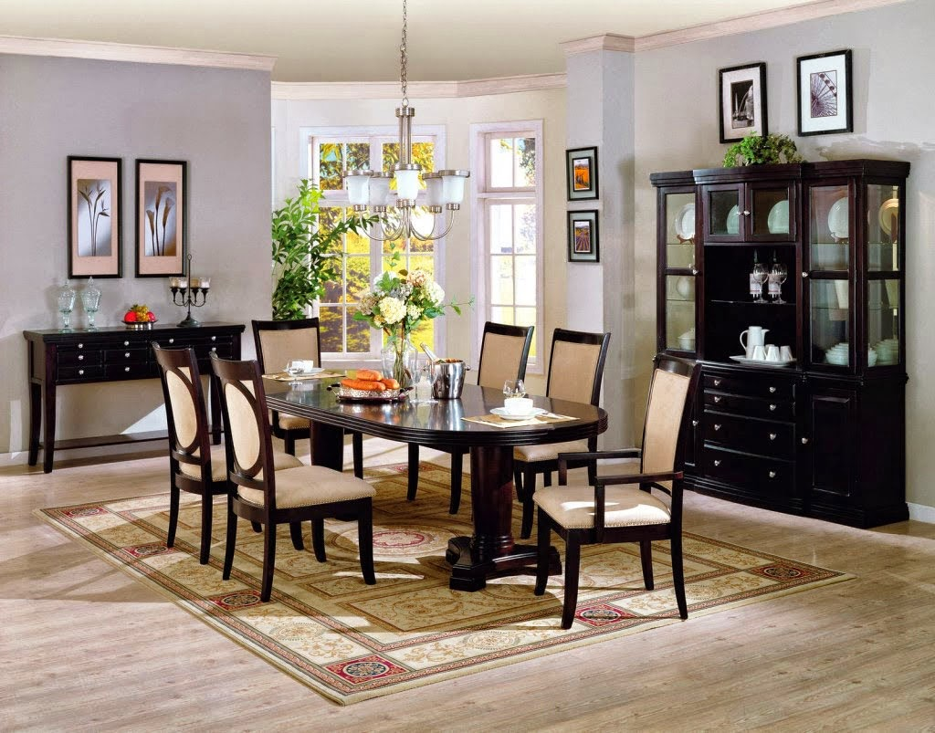 Selecting Minimalist Dining Table For