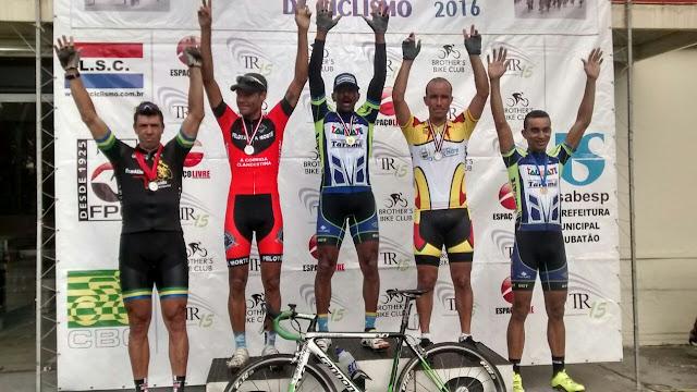 Equipe registrense de ciclismo fecha o domingo com participação em três competições
