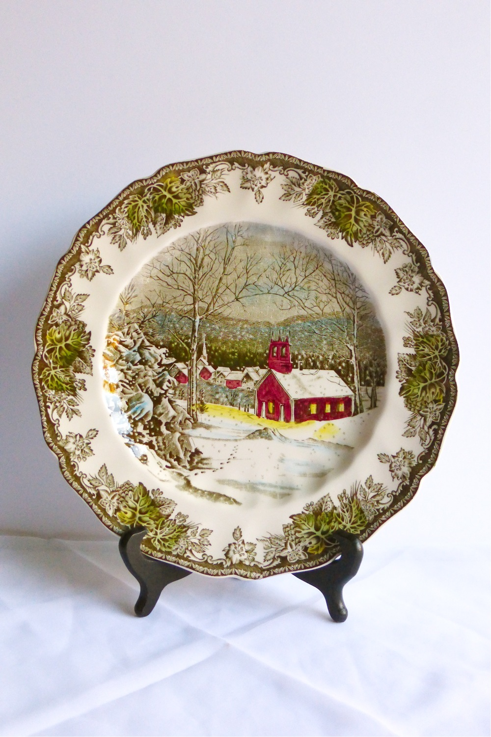 Vintage Finds, Johnson Brothers, Johnson Brothers plates, transfer ware, Johnson Brothers transfer ware, Johnson Bros The Friendly Village, Johnson Bros Sugar Maples, Johnson Brothers decorative china, vintage decorative china, vintage transfer ware, vintage Johnson Brothers china, Johnson Bros The Schoolhouse, vintage English transfer ware, vintage English Johnson Bros, vintage English Johnson Brothers transfer ware, vintage winter scenery china, vintage decorative transfer ware china