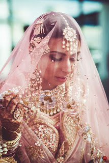 4. The Glorious Tarun Tahiliani Bride