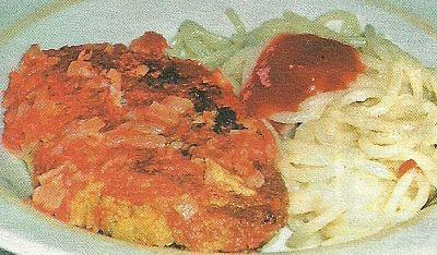 Приготовление рыбных котлет с добавление манной крупы под домашним соусом