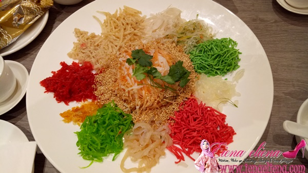 Prosperity Salmon and Happiness Jellyfish Yee Sang