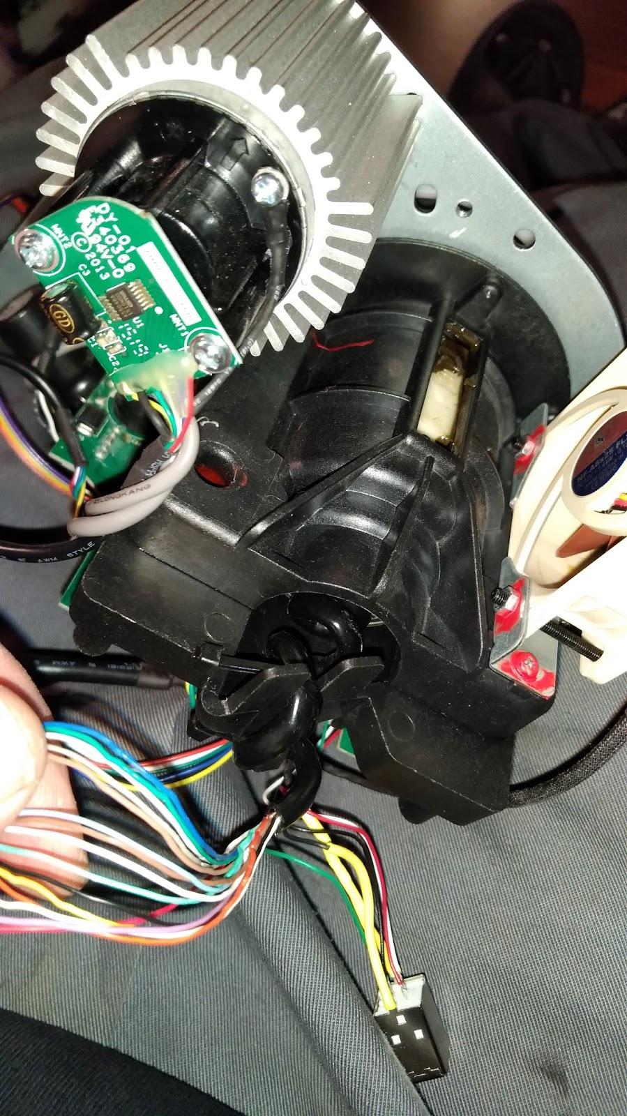 Morten's Techcave: Thrustmaster TX/T300 Quick Release adapter