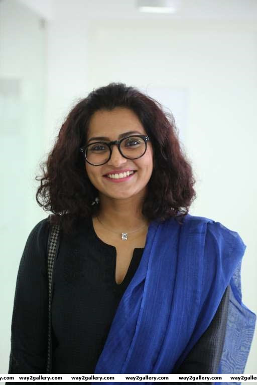Parvathy Thiruvoth Kottuvata has been around for over nine years a remarkable achievement in todays film industry The actress who works mainly in Malayalam has also starred in Tamil and Kannada films