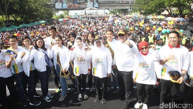 Millenial Road Safety Festival di Suramadu Dinodai Lagu 'Jokowi Wae'