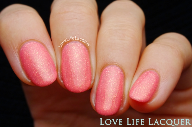Pink Gellac Glamorous Peach gel polish swatch
