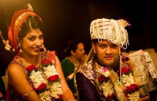 Aishwarya Sakhuja Family Husband Son Daughter Father Mother Marriage Photos Biography Profile.