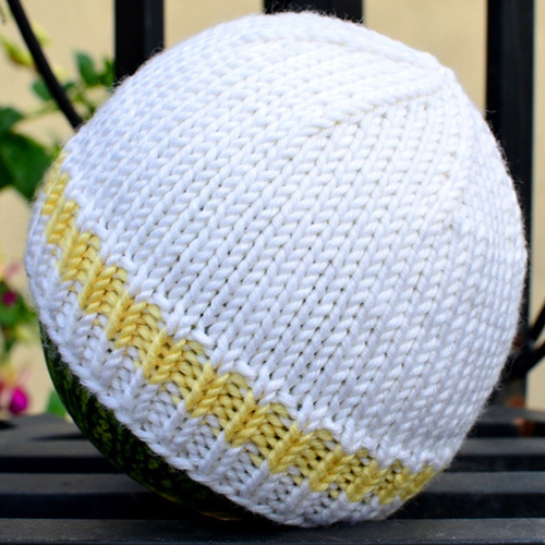 Easy & Basic Baby Hat - Free Pattern
