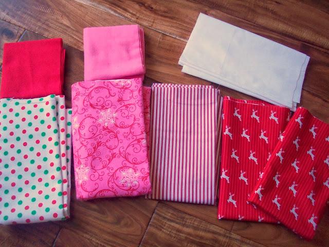 Christmas Pillowcase Tutorial from www.summerscraps.com