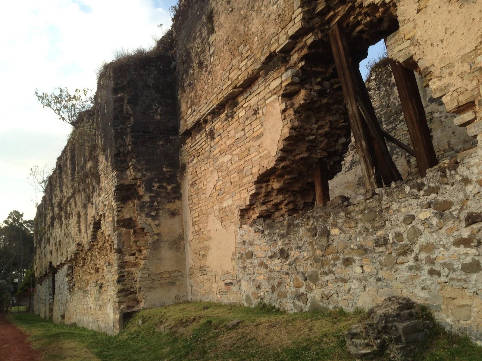 Los paredones en Zacatlán datan del siglo XVI.
