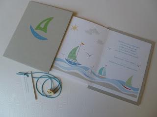 χειροποίητη ζωγραφιστή πρόσκληση βάπτισης με καραβάκια