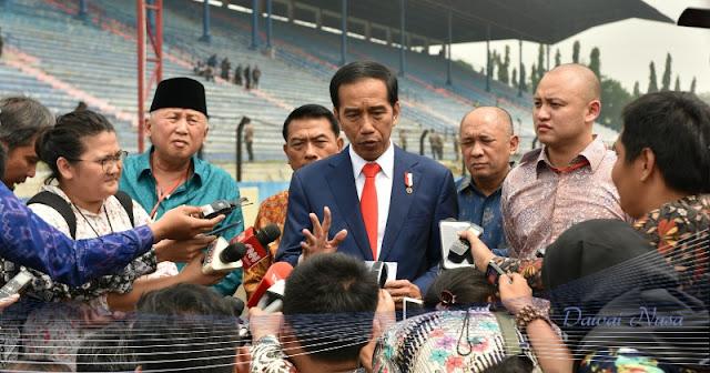 Usut Penebar Hoaks, Jokowi: Jangan Setengah-setengah!