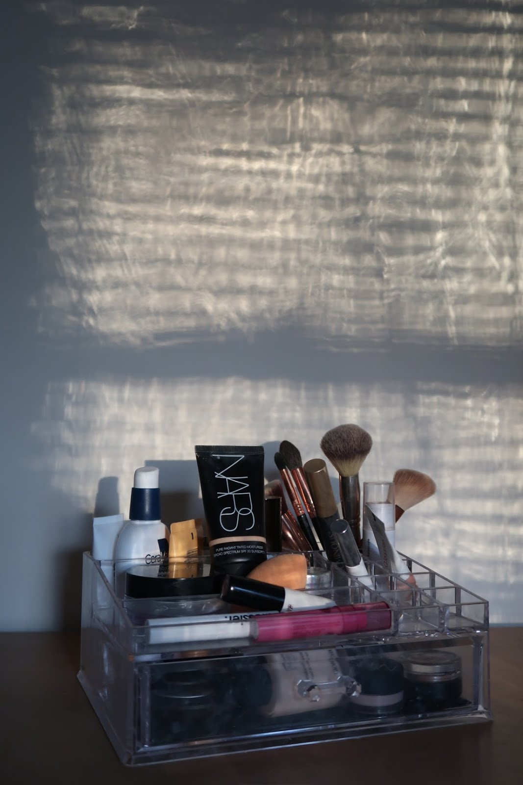 makeup nars acrylic skincare skin brush sigma cerave sun glossier