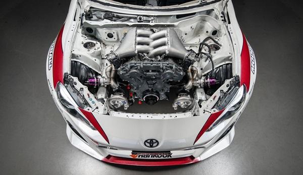 Toyota GT86 motor Nissan GT-R
