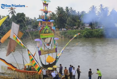 Budaya Kuansing Perahu Baganduang