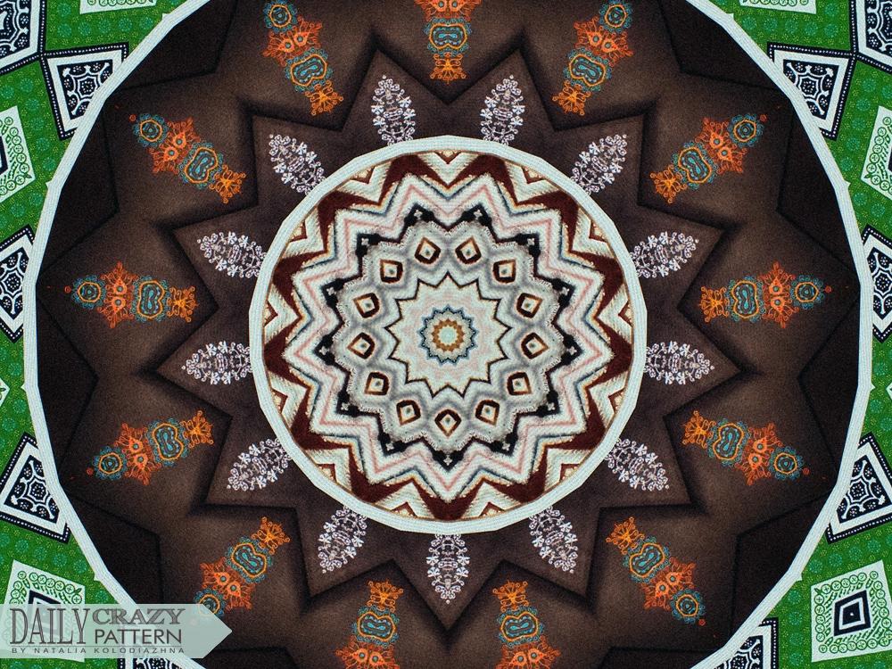 "Awesome kaleidoscope pattern for ""Daily Crazy Pattern"" | Natalia Kolodiazhna"