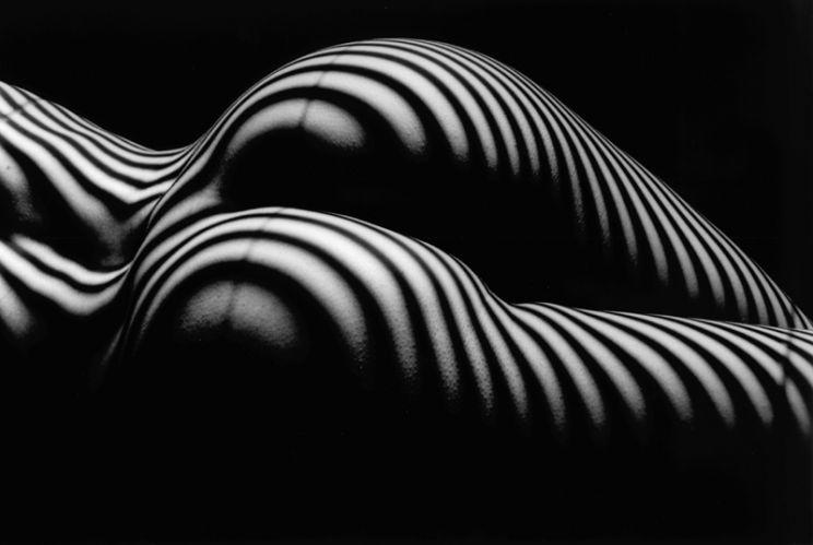 hot en noir et blanc ............. Ob_7d9e3a_noir-et-blanc