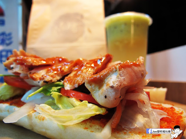 IMG 4937 - 【熱血採訪】NickJu 尼克啾 碳烤法式三明治 位於中國醫附近的尼克啾 NickJu 主打法式三明治,把餐廳所用的食材搬到街頭,讓客人用平價價格吃到高檔美味