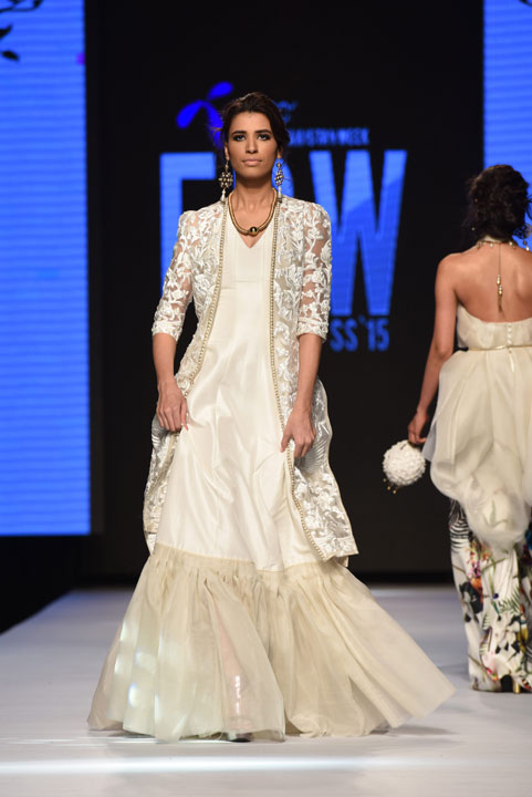 Pakistan Fashion Week, Designer Collection, TFPW15, Telenor Fashion Pakistan Week, Spring Summer 2015, ss15, trends of 2015, fashion week, fashion show in Pakistan, Fashion addiction, Lawn season, Al Karam lawn, fashion blogger, Hot Pakistani Models, redalicerao, red alice rao, Fashion Pakistan Council, Pakistan fashion, Luxury Pret, Pret a porter, Zaheer Abbas, Primavera, Sandro Botticelli, White, perfection, beautiful hand embroidery