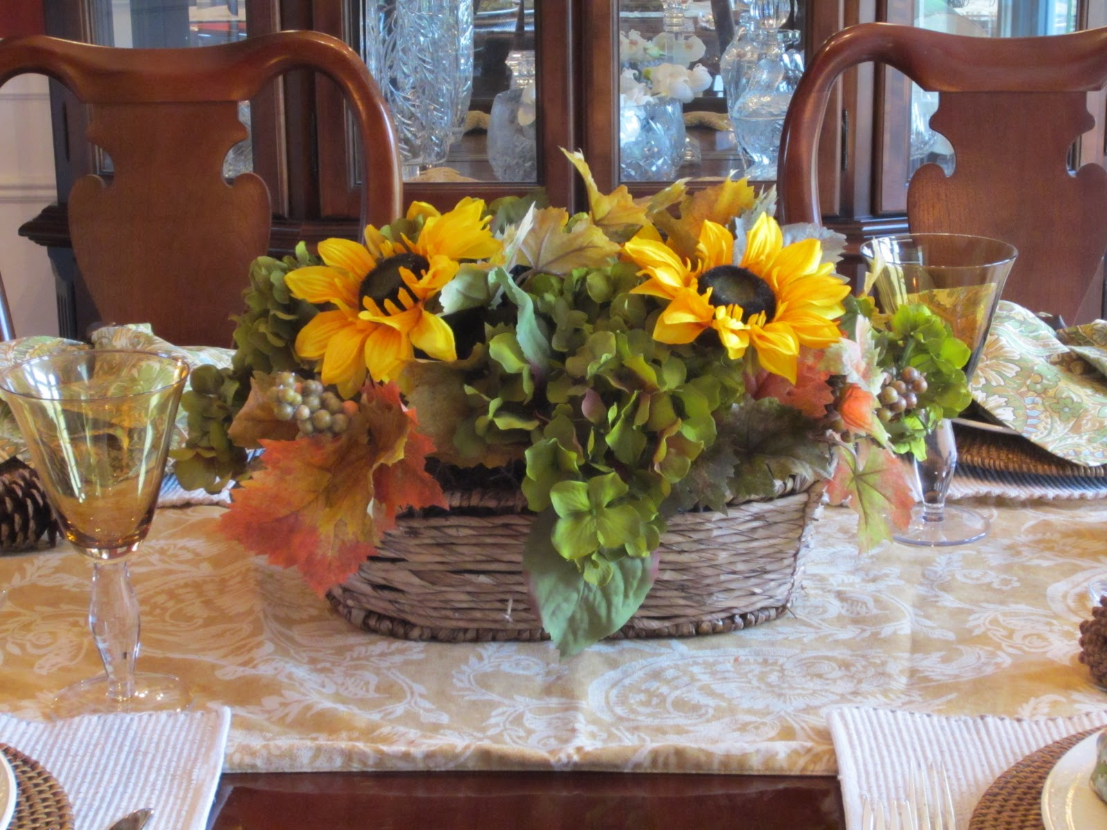 Sunflower arrangement for centerpiece - Thanksgiving Table Setting