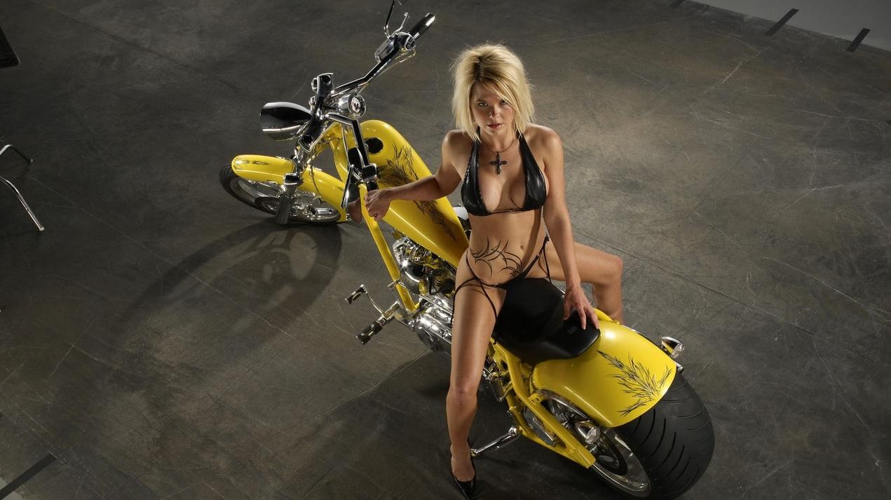 sexy girls bikes wallpapers - photo #7