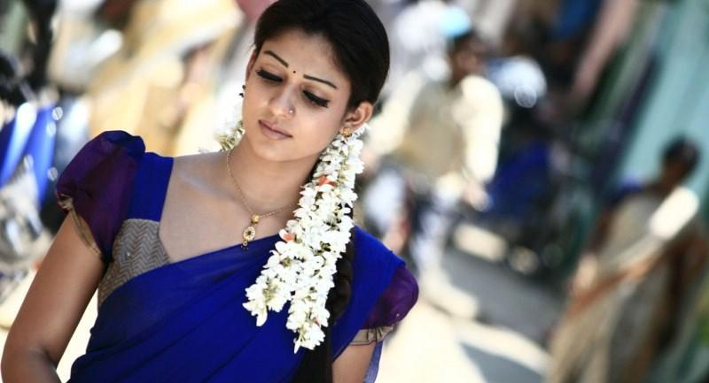 Nayanthara Hd Images 25 Cute Pictures: Nayantara Cute In Blue Half Saree
