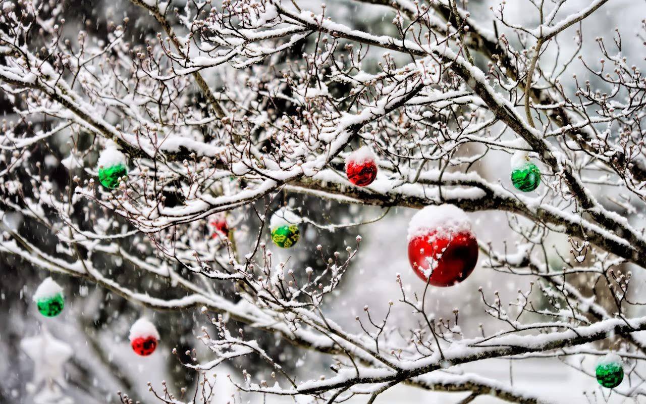 Christmas Ornaments in the Snow Wallpaper