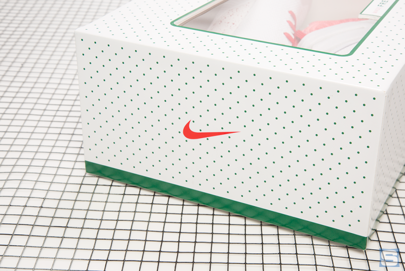 3184123101bc Anyone who s not able to make it out to the Ky-rispy Kreme truck can order  a custom pair through NIKEiD here (sans the special box).